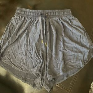 "NWOT LULULEMON-Principal Dancer Short 3""-Size 4"
